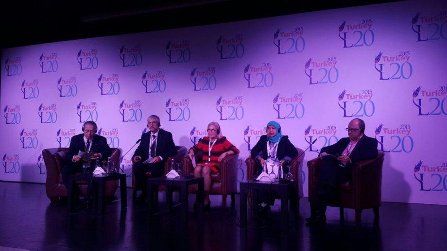 Dünya sendikaları G20 öncesinde buluştu