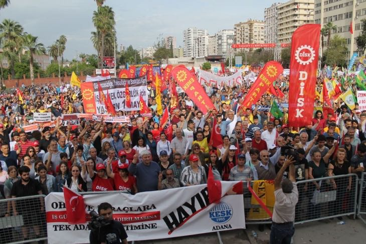 Afişlerimizle, Bayraklarımızla, Umutlarımızla, Taleplerimizle Alanlardaydık...