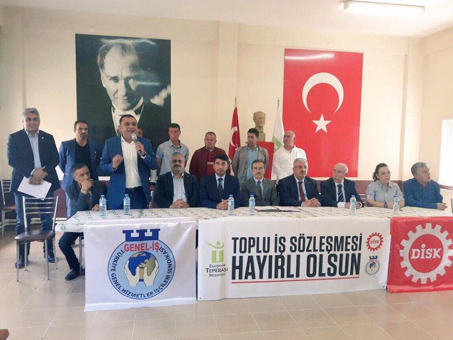 Eskişehir Tepebaşı Belediyesi'nde Toplu İş Sözleşmesi Sevinci