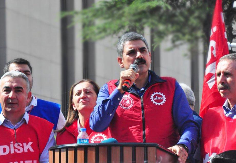 İzmir'de Genel-İş Siyasi İktidara Seslendi: Özgür Toplu Sözleşme Hakkı İstiyoruz