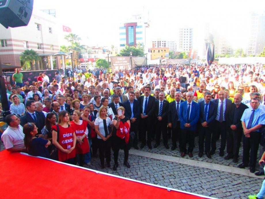 Adana'da 10 Ekim Emek, Barış ve Demokrasi Anıtı