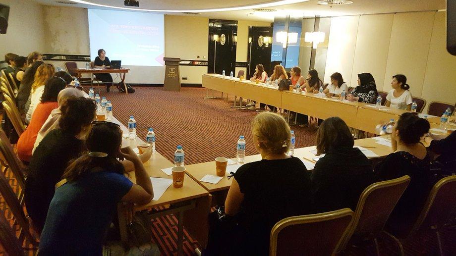 Güvencesiz Kadın Emeği Toplantısında Emeğimizi, Kimliğimizi, Direnişimizi Konuştuk