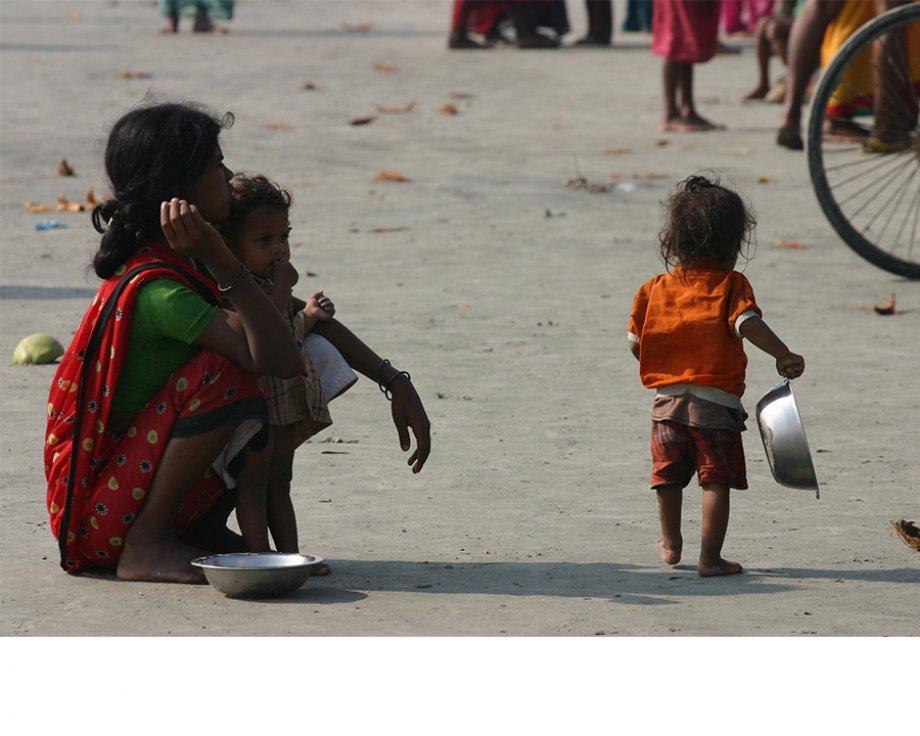 Yoksulluk Sınırının Üzerine Çıkmak Mı Yoksa Eşitsizlikleri Ortadan Kaldırmak Mı?