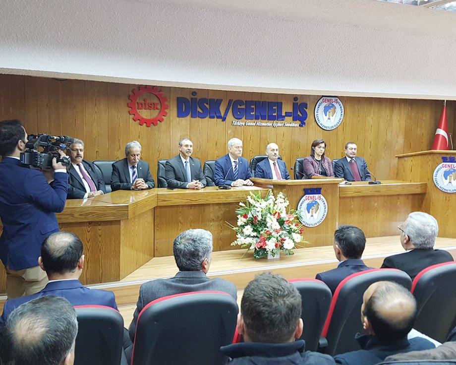 Çalışma ve Sosyal Güvenlik Bakanı Sayın Dr. Mehmet Müezzinoğlu Sendikamızı Ziyaret Etti