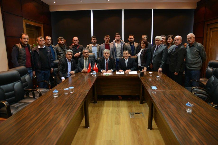 Tepebaşı Belediyesi'nde Toplu İş Sözleşmesi İmzaladık