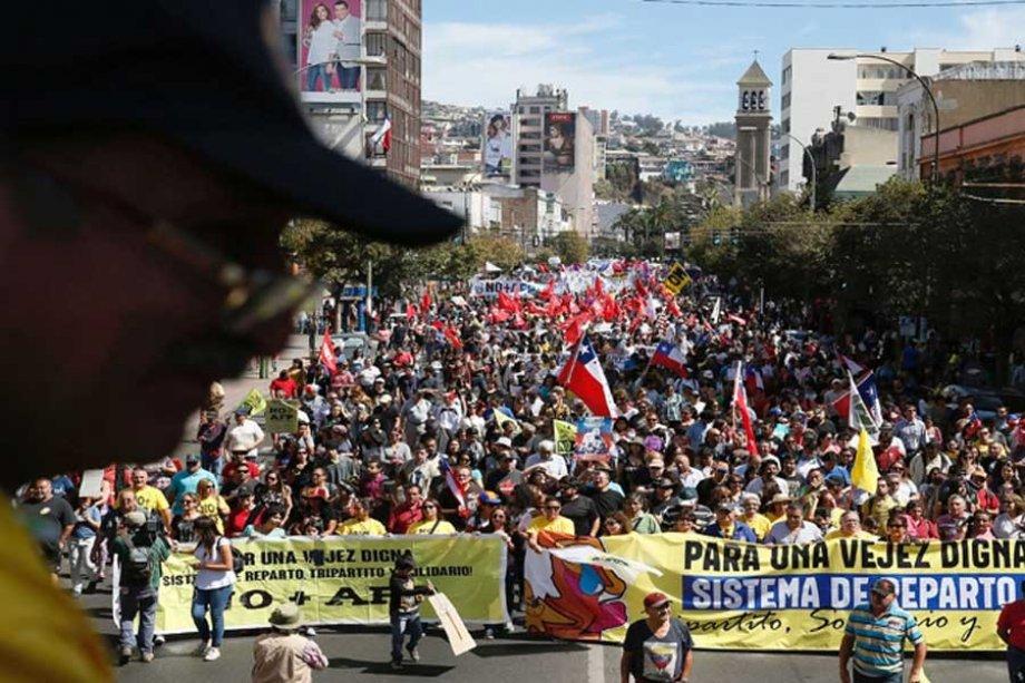 Şili Halkı Bireysel Emeklilik Sisteminden Kurtulmaya Kararlı