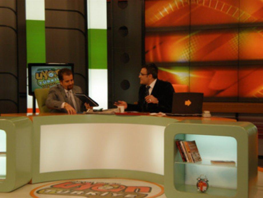 NLP Lideri Mustafa Kılınç 17/11/2008 Pazartesi günü MESUT YAR'ın Canlı yayın konuğuydu