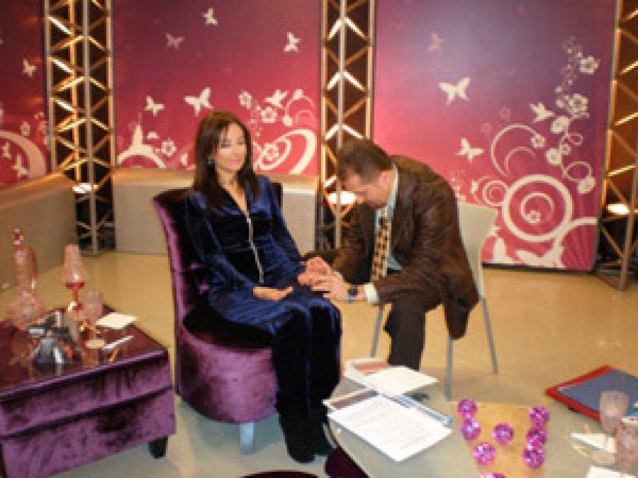 NLP Lideri Mustafa Kılınç 15.12.2008' de Esra HARMANDA'nın Canlı Yayın Konuğuydu.