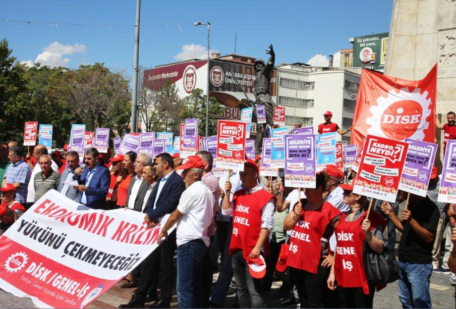 Ankara'dan Haykırdık: Ekonomik Krizin Yükünü Çekmeyeceğiz, Belediye Şirket İşçilerine Kadro İstiyoruz!
