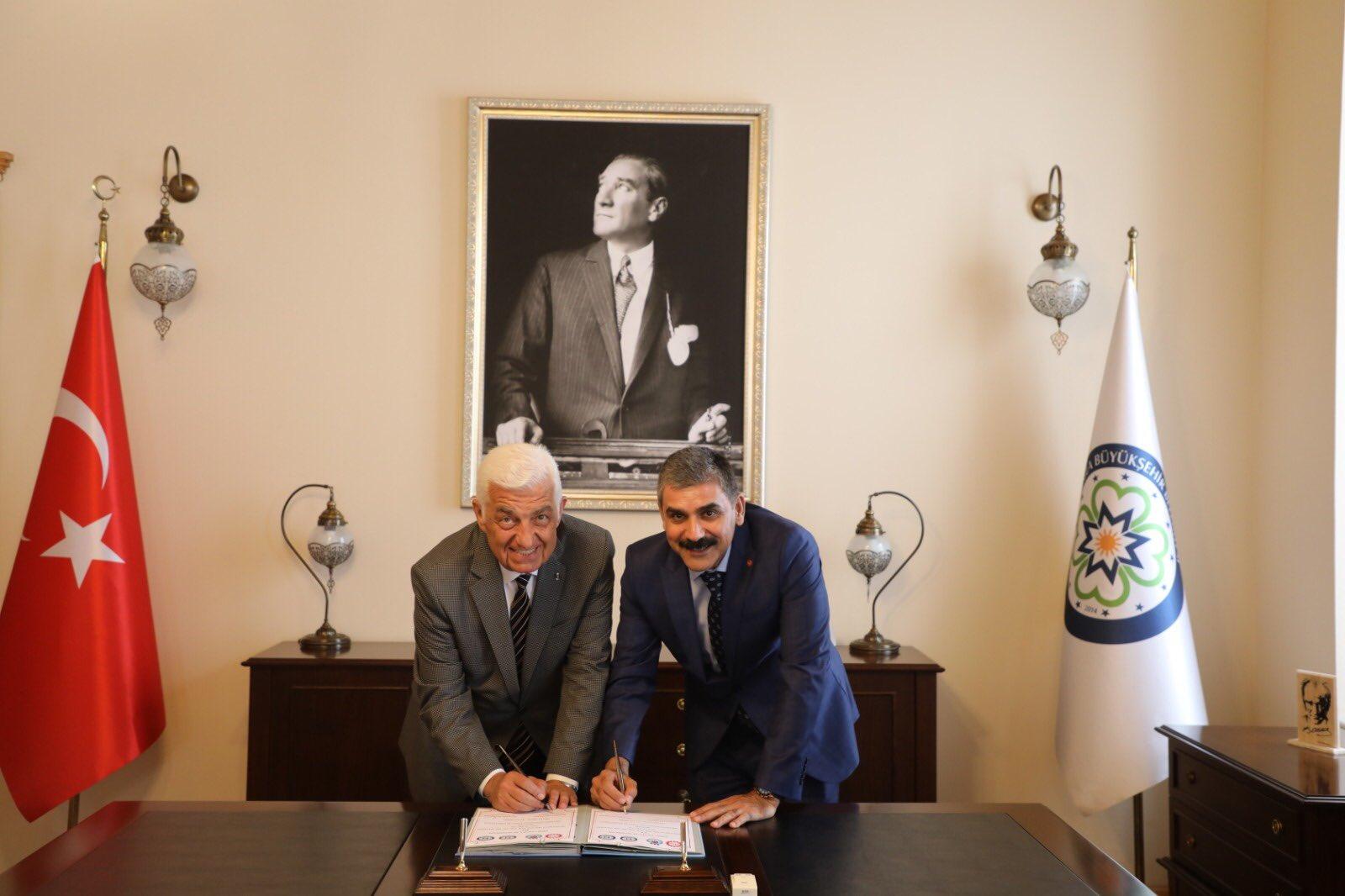 Muğla Büyükşehir Belediyesi'nde Toplu İş Sözleşmesi İmzaladık