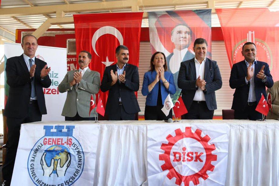 Karşıyaka Belediyesi'nde Toplu İş Sözleşmesi Sevinci