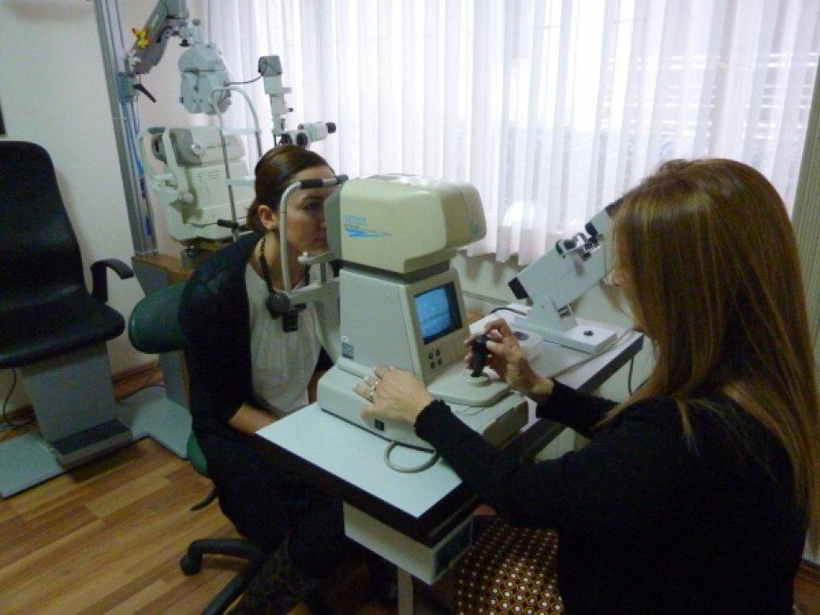 Otomatize tonometri (göz tansiyonu ölçümü)