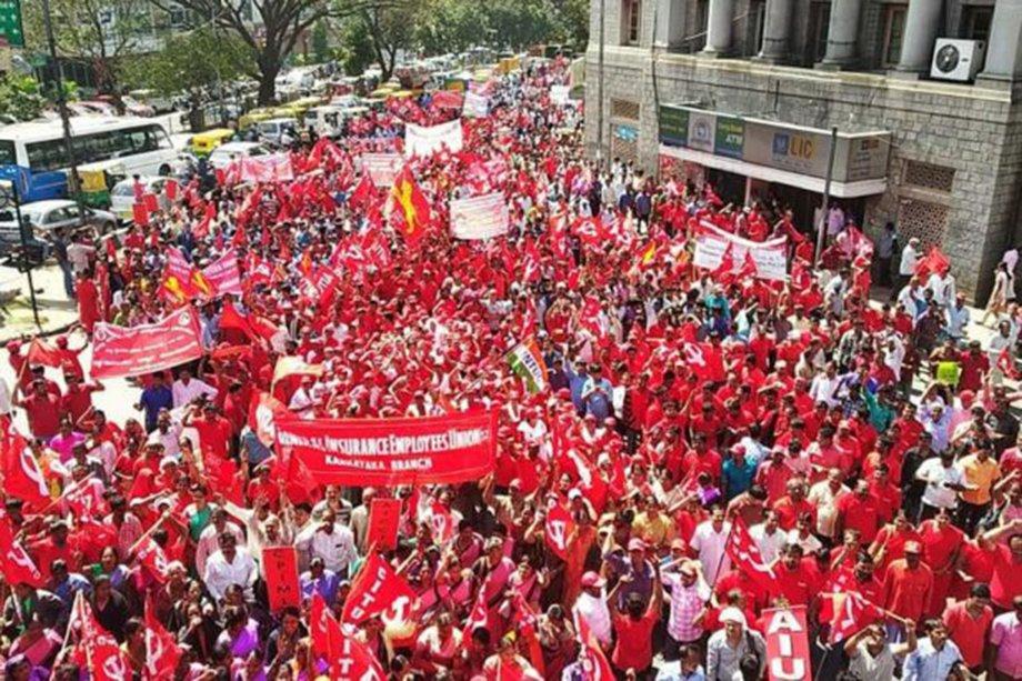 Hindistan İşçi Sınıfı Ayakta
