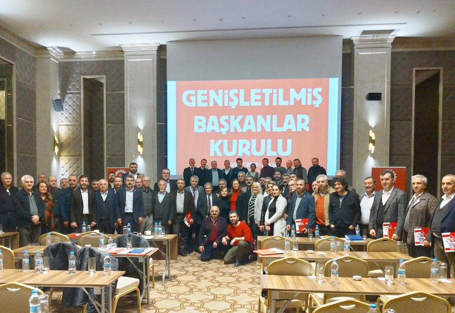 2020'lerin DİSK'i ve Emeğin Türkiye'si İçin Omuz Omuza