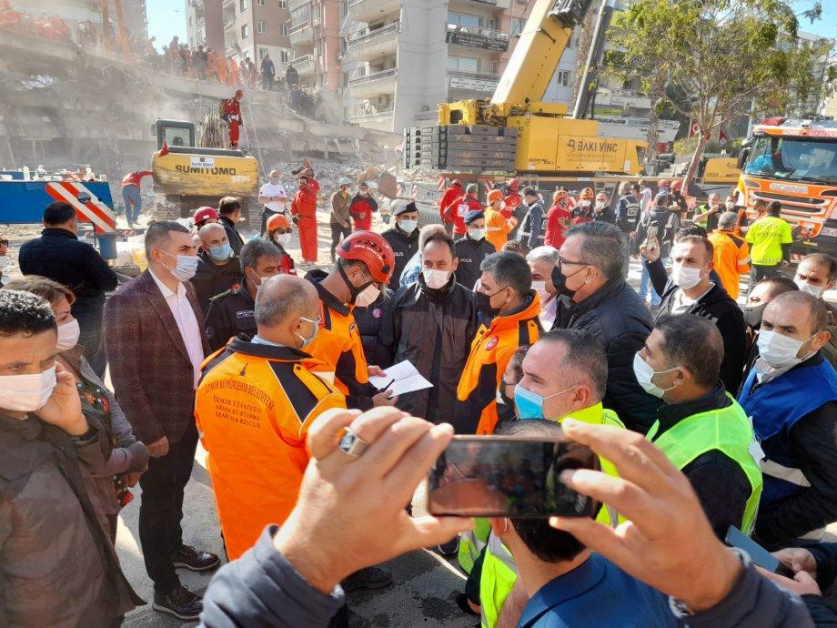 İzmir Halkına Başsağlığı ve Sabır Diliyoruz, Siyasi İktidara ve Belediyelere ise Sağlıklı Güvenlikli Yapılarda Yaşam Hakkı İçin Çalışın Diyoruz!