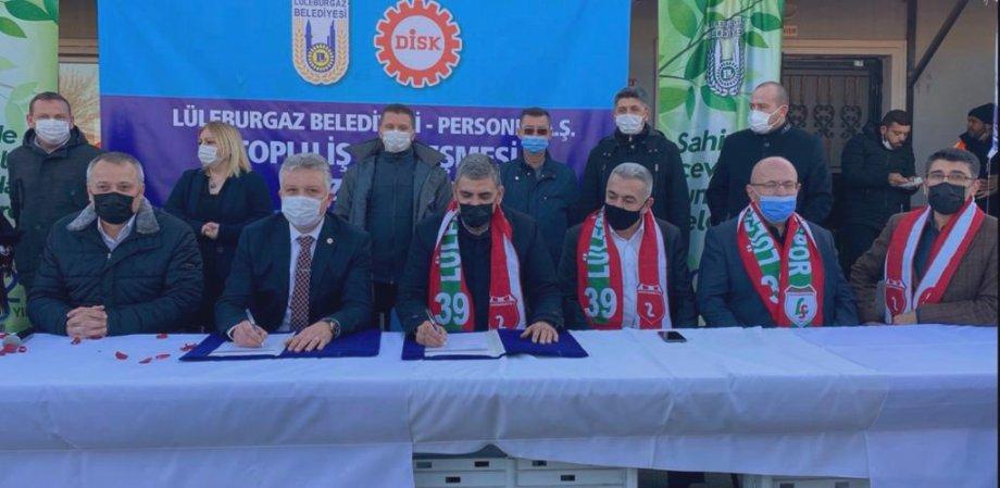 Lüleburgaz Belediyesi'nde Toplu İş Sözleşmesi İmzaladık