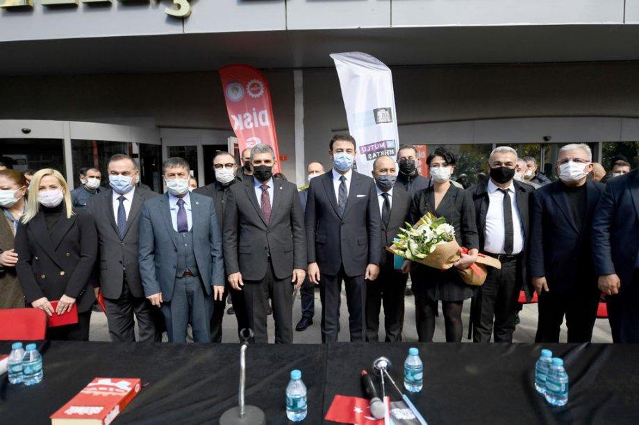 Beşiktaş Belediyesi'nde Toplu İş Sözleşmesi İmzaladık
