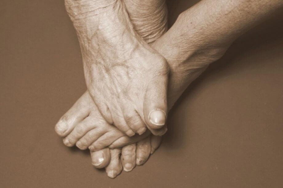 Yaşlanan Ayaklar